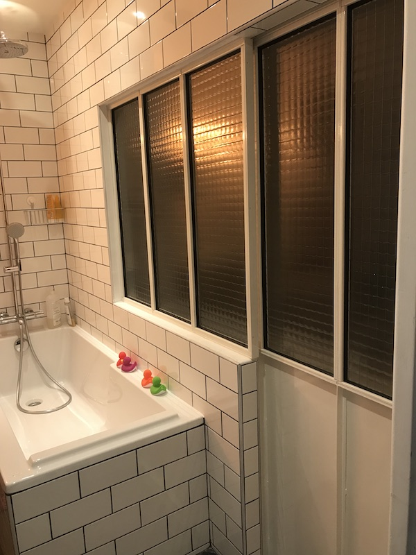 verri re salle de bain sur mesure verri re int rieure paris. Black Bedroom Furniture Sets. Home Design Ideas